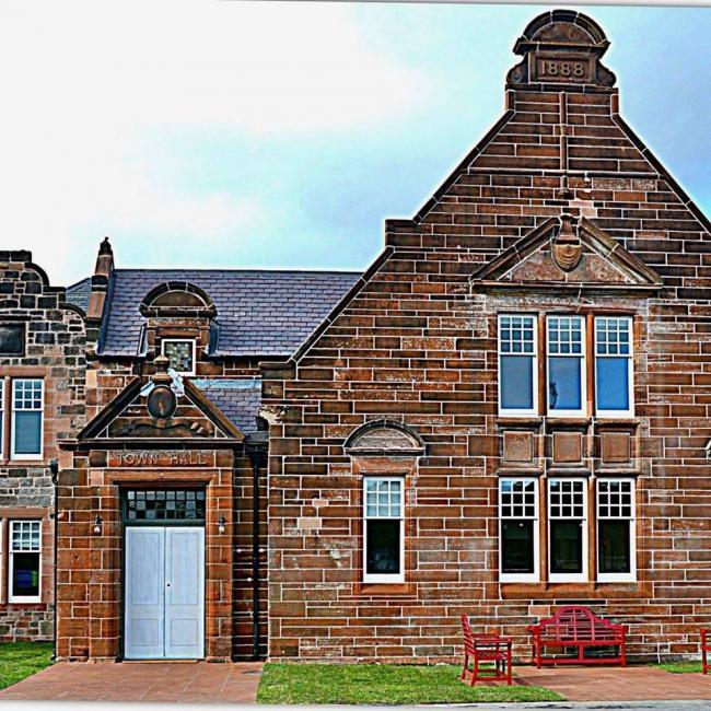 New Cumnock Town Hall).