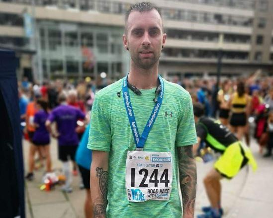 Dad left without heartbeat for 22 minutes after crossing race finish line