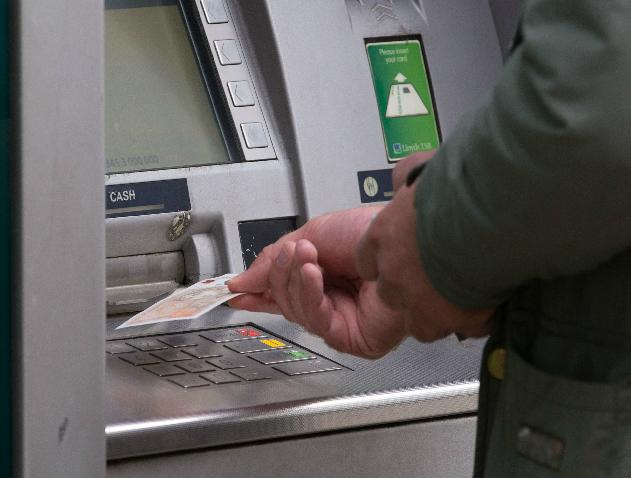 Shoppers in Ayrshire warned against latest ATM scams hitting high streets