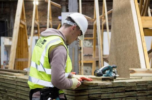 Wee house building firm expand Cumnock factory creating 30 jobs