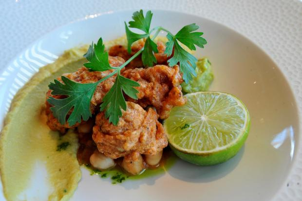 Cumnock Chronicle: Chill crumbed cauliflower served with smashed avacado, chickpea salsa and caramelised lime dressing.